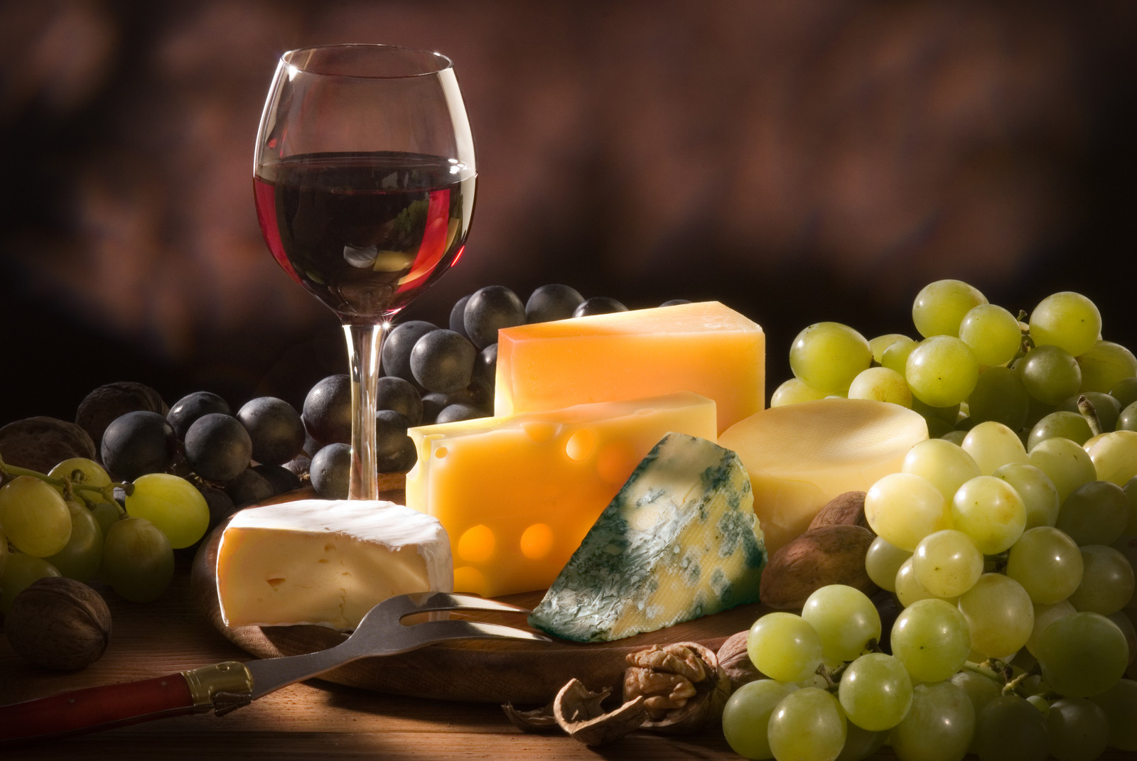 IVDAARA wine and cheese event